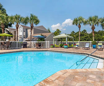 Pool, The Enclave at Huntington Woods
