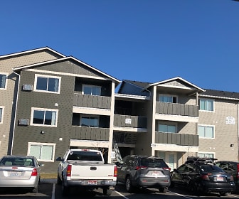 Crown Pointe Apartments, Hauser, ID