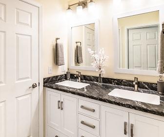 Bathroom, Tara Hill Apartment Homes