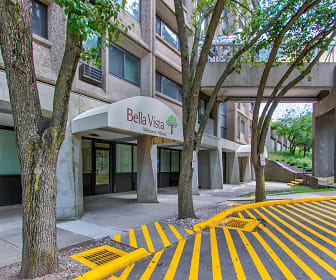 Building, Bella Vista