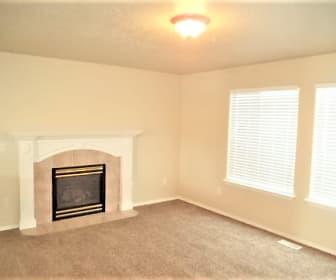 Living Room, 14448 Tara Court