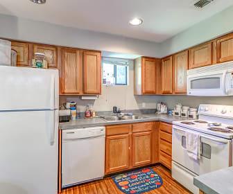 Kitchen, Timberwood Townhomes