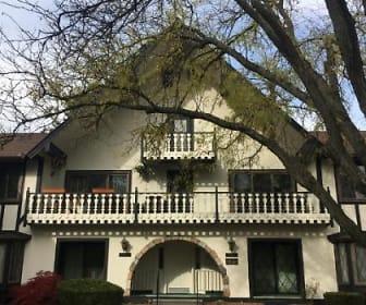 42160 Woodward Avenue #82, Bloomfield Township, MI