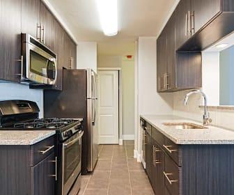 Kitchen, Galman on Henry
