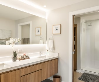 Bathroom, DoMUS Apartments