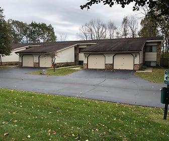 Parkwood Village Town Homes, Oak Creek High School, Oak Creek, WI