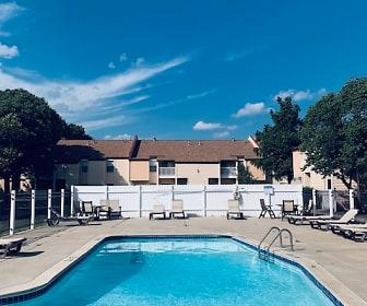 Pool, Westlink Village