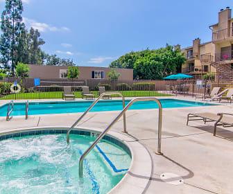 Pool, Elan Park Place