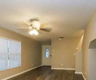 Sitting room, 6032 Pointe Pleasant Blvd