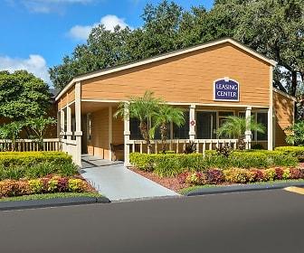 Building, Windwood Oaks