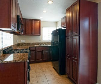 Kitchen, The Arches at La Quinta Springs