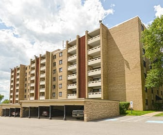 Building, Carriage Park Apartments