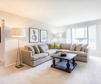 Living Room, Great Oaks Apartments