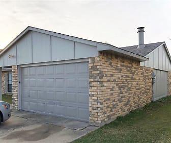 1709 Clark Trail, Trailwood, Grand Prairie, TX