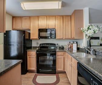 Kitchen, Cascades Overlook