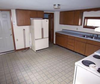 Kitchen, 81 Parker St Apt 2
