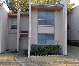314 Arborview Dr, Garland, TX