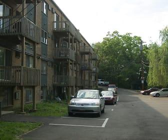 Clifton Woods, Cincinnati, OH
