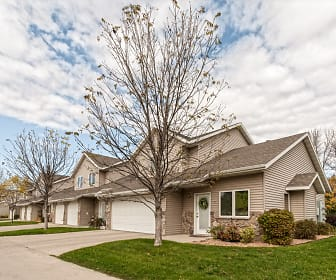 Beaver Creek Townhomes, West Fargo, ND