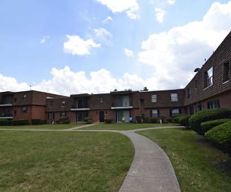 Jamestown Village Apartments, North Olmsted, OH