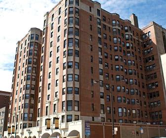 The Wyndham Apartments, Bryn Mawr Historic District, Chicago, IL
