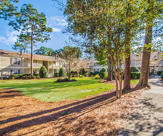 Woodcliff Apartment Homes, Scenic Heights Elementary School, Pensacola, FL