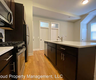 Kitchen, 3300 W Pershing Rd