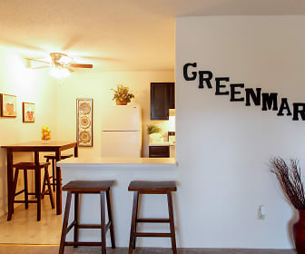Greenmar Apartments, Parkway, MO