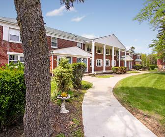 Oakmont Park Apartments, East Mountain, Scranton, PA