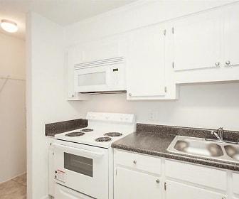 Kitchen, Wheeler Woods Apartments