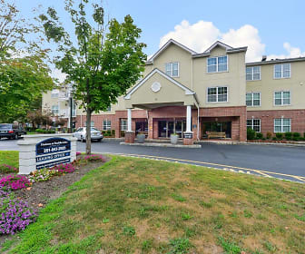 Building, The Horizons at Franklin Lakes Apartment Homes