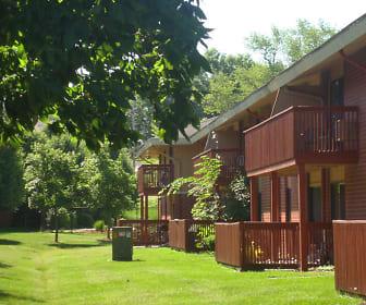 Gray's Lake Apartments, 50321, IA
