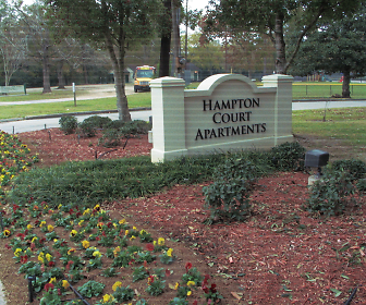 Hampton Court, East Baton Rouge, Baton Rouge, LA