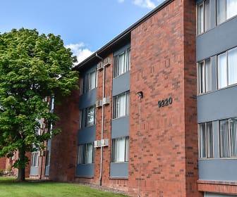 Building, Glenbrook Apartments