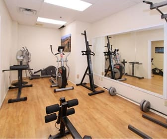 Fitness Weight Room, Fillmore Crossing Apartments