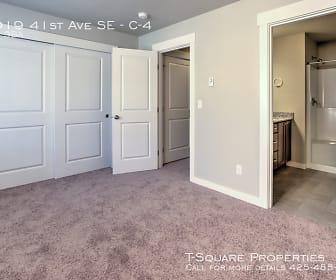 14919 41st Ave SE - C-4, Smokey Point, WA