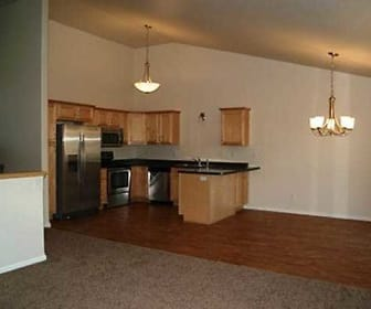 WestPort Beach Townhomes, Kindred, ND