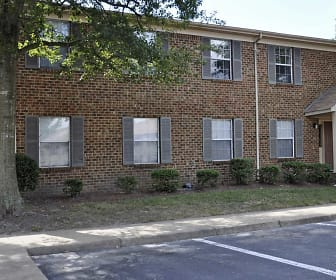 Building, Amhurst III Apartments