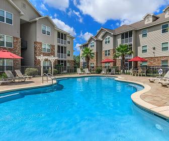 Crosswinds Apartments, Wright, FL