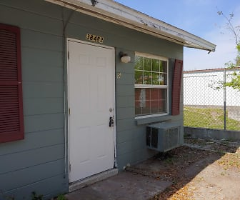 38483 County Road 54 # 5, Zephyrhills, FL