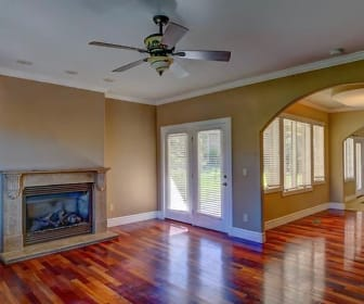 Living Room, 82 Fawn Meadow Dr