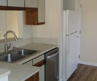 Kitchen, 7910 Greenside Ct