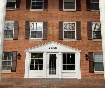 7640 Provincial Drive #101, Reston, VA