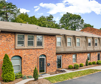 Cedar Point Apartments, Cave Spring Elementary School, Roanoke, VA