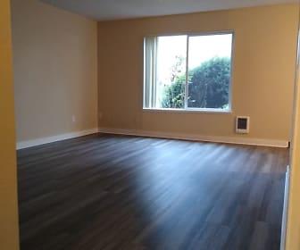 Living Room, Parkview 800 SE 10th Ave