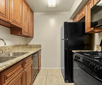 Kitchen, Chatsworth Plaza Apartments
