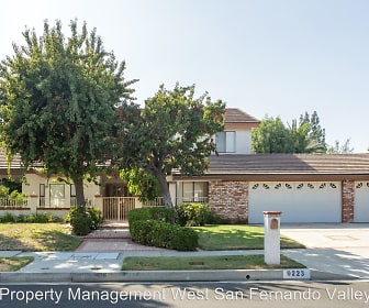 9223 Paso Robles Ave, Santa Clarita, CA