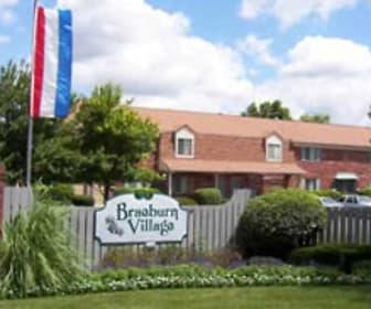 Entrance Sign, Braeburn Village Apartments Of Indianapolis