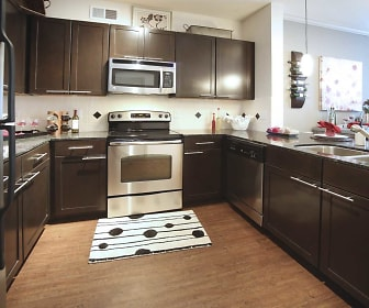 Kitchen, Creekside Townhomes