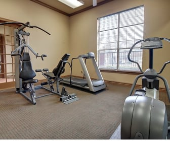 Fitness Weight Room, Renaissance Courts
